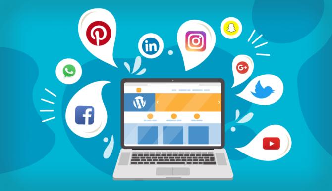 comunicação por redes sociais